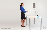 06 HumanScale QuickStand Lite